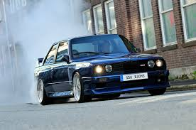 bmw m3 stanced bmw e30 m3 burning it up http extreme modified com bmw