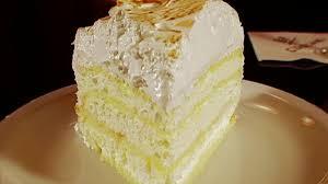 claire robinson meringue cake food network