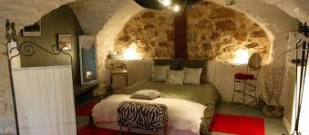 superficie chambre les chambres le des pots rouges