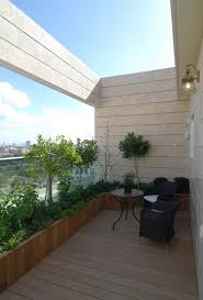 Modern Garden Planters Garden Design Trends With Contemporary Planters