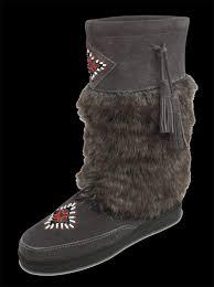 minnetonka womens boots size 11 mukluk high by minnetonka moccasin