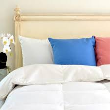How To Clean A Down Filled Duvet What To Look For When Buying A Down Alternative Comforter Downlinens