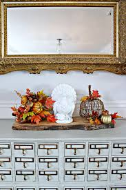 and thanksgiving decorations for the dining room