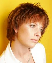 shorter hair styles for under 40 casual hair styles for going sporty or bedhead
