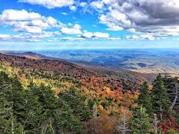 chasing fall color blue ridge parkway ashley hackshaw