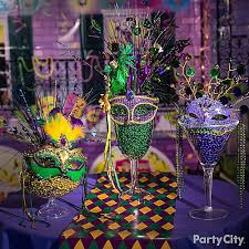 New Orleans Decorating Ideas Mardi Gras Beads Display Idea Mardi Gras Decorating Ideas