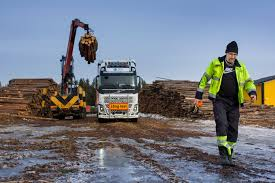 volvo sweden volvo trucks a 30 metre and 90 tonne fh16 timber truck in