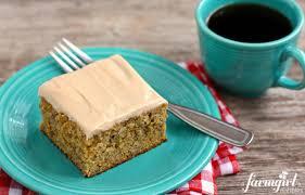 banana cake with cinnamon cream cheese frosting u2022 a farmgirl u0027s dabbles