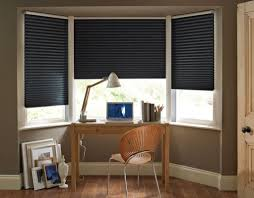 Modern Blinds For Living Room Modern Living Room Using Chesterfield Sofa And Black Blinds