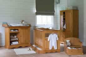 chambre bebe en bois chambre en bois bebe idées décoration intérieure farik us