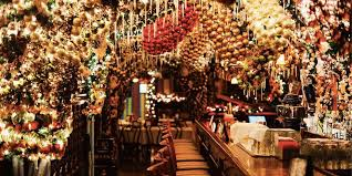 rolfs restaurant rolf s german restaurant christmas decorations new york city bar s