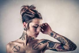 tattoos männer sprüche die 110 besten sprüche und vorlagen www tattooexperte