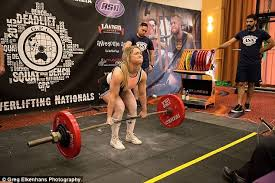 Olympic Record Bench Press Jen Smith Powerlifter Can Lift Three Times Her Own Body Weight