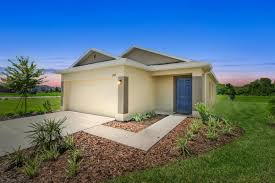 new homes for sale at the coves at carriage pointe in gibsonton
