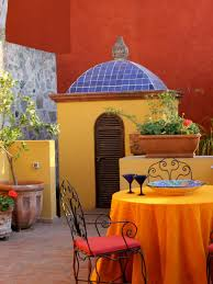 Spanishinspired Outdoor Spaces And Mexican Garden Decor Pictures