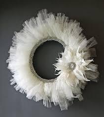 best 25 white wreath ideas on white