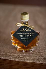 maple syrup wedding favors 10 wedding favors we intimate weddings small