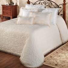Gold Quilted Bedspread Bedroom Gold Coverlet Matelasse Bedspreads King Charles
