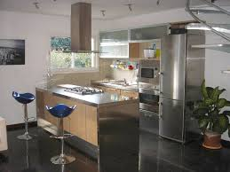 cuisine bois inox plan de travail cuisine en inox maison décoration intérieure