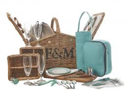 What To Put In A Wine Basket 10 Best Picnic Baskets The Independent