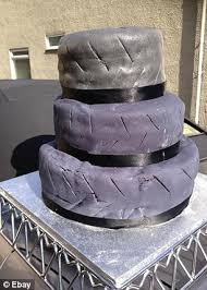 Wedding Arch Ebay Uk Bride Sells Hideous Lopsided Wedding Cake On Ebay Because It