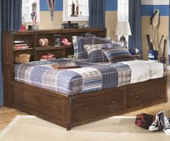 bedroom decorative berg furniture full platform bed with storage