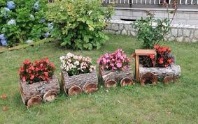 how to make wooden garden ornaments