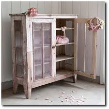 Shabby Chic Furnishings by Learn Rachel Ashwell U0027s 3 Signature Shabby Chic Looks