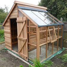cabane jardin les 25 meilleures idées de la catégorie abris de jardin sur