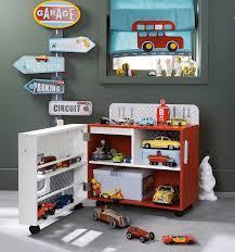 chambre garcon theme voiture petits rangements pour petits la minute déco child