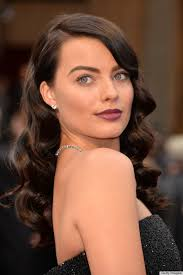 pictures of miss robbie many hairstyles oscars 2014 hair and makeup was full of many surprises photos