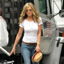 what is the formula to get jennifer anistons hair color jennifer aniston s street style popsugar fashion