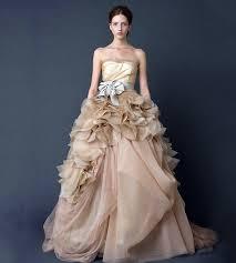 Vera Wang Wedding Dresses 10 Vera Wang Wedding Gowns That Will Set His Heart Racing