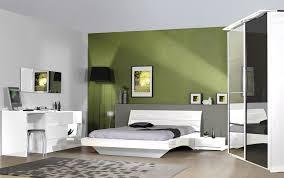 chambre avec miroir miroir design rectangulaire avec horloge laqué blanc largo miroir