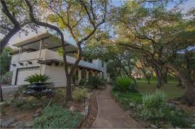 Mission Style House Mission Style Home On 1 5 Acres Asks 626k Curbed Austin