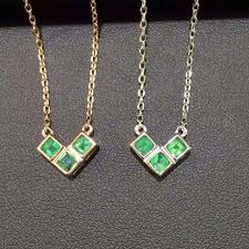 emerald stone necklace jewelry images Natural green emerald stone necklace natural gemstone pendant jpg