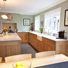 the best paint colours to go with oak or wood trim floor