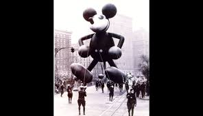 walt disney thanksgiving macy u0027s thanksgiving day parade here u0027s who u0027s appearing fortune