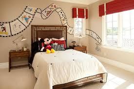 chambre mickey mouse déco chambre enfant 50 idées cool pour enjoliver les murs