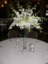 Feather And Flower Centerpieces by Best 25 Eiffel Tower Vases Ideas On Pinterest Tall Vases