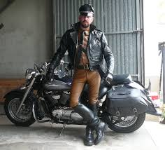 cruiser style motorcycle boots http www rubberdocs net friendsimages bootspainlthr47 jpg