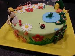 decoration cupcake anniversaire gateau d u0027anniversaire maya l u0027abeille aacook