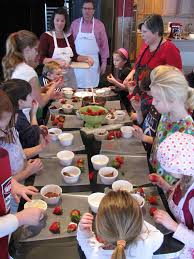 atelier cuisine pour enfant idées activités atelier de cuisine pour enfants pour apprendre à