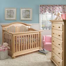 Convert Crib by Giveaway Baby Cache Convertible Crib