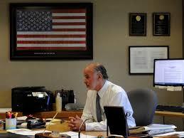 Desk Defender Ventura County Public Defender To Retire