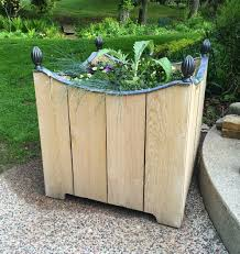 Planters Diy by The Impatient Gardener Diy Wooden Planter With Lead Trim
