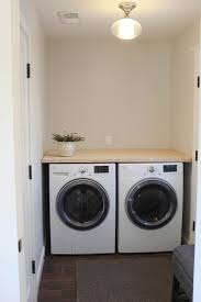 Inexpensive Cabinets For Laundry Room by Best 25 Laundry Room Counter Ideas On Pinterest Laundry Room