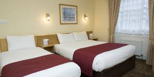 Cheap Family Hotels In London Hotel Visitlondoncom - London hotels family room