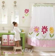 Pottery Barn Kids Shower Curtains Pottery Barn Kids 8pc Daisy Garden Shower Curtain Towels U0026 Bath