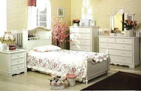 vintage style bedrooms bedroom vintage style twin girls bedroom ideas modern vintage